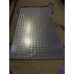 2,5/4x1000x2000 aluminium dørkplade